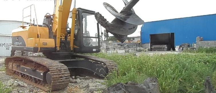 振宇水上挖掘机出租价格 四川沙湾功能性的小型挖掘机出租参考价格