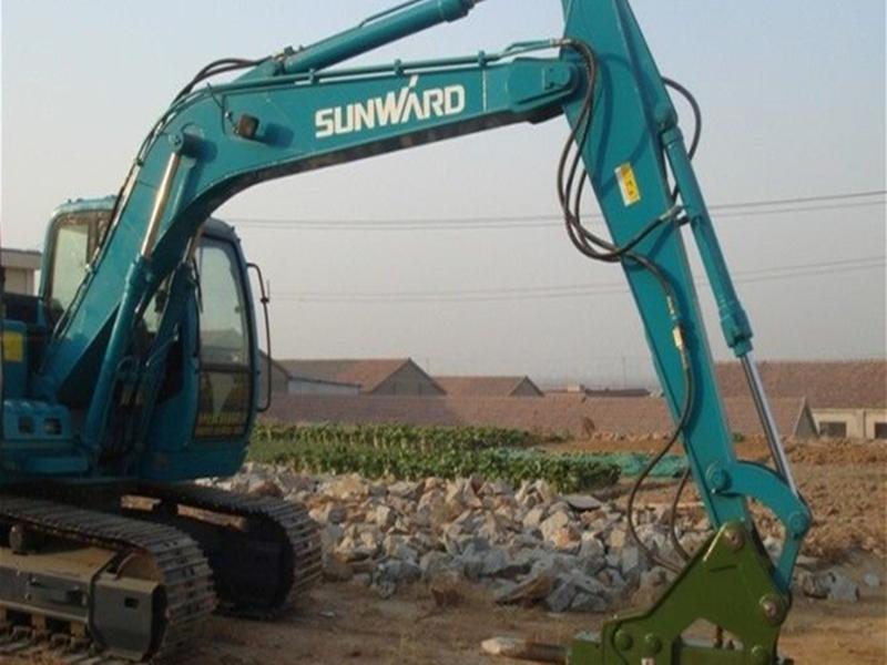 力士德挖掘机维修招聘 四川符溪经久耐用的江麓机电挖掘机出租如何联系