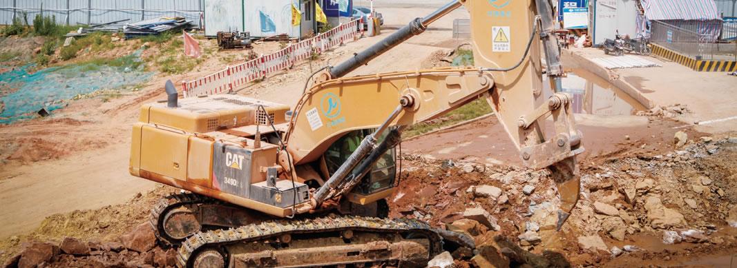 【卡特小型挖掘机破碎挖掘机】卡特小型挖掘机代价