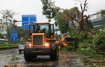超强台风肆虐 工程机器企业紧张奔赴闽南地域支援灾后重建