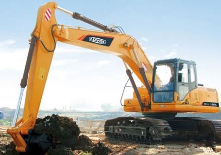 雷沃挖土机出租